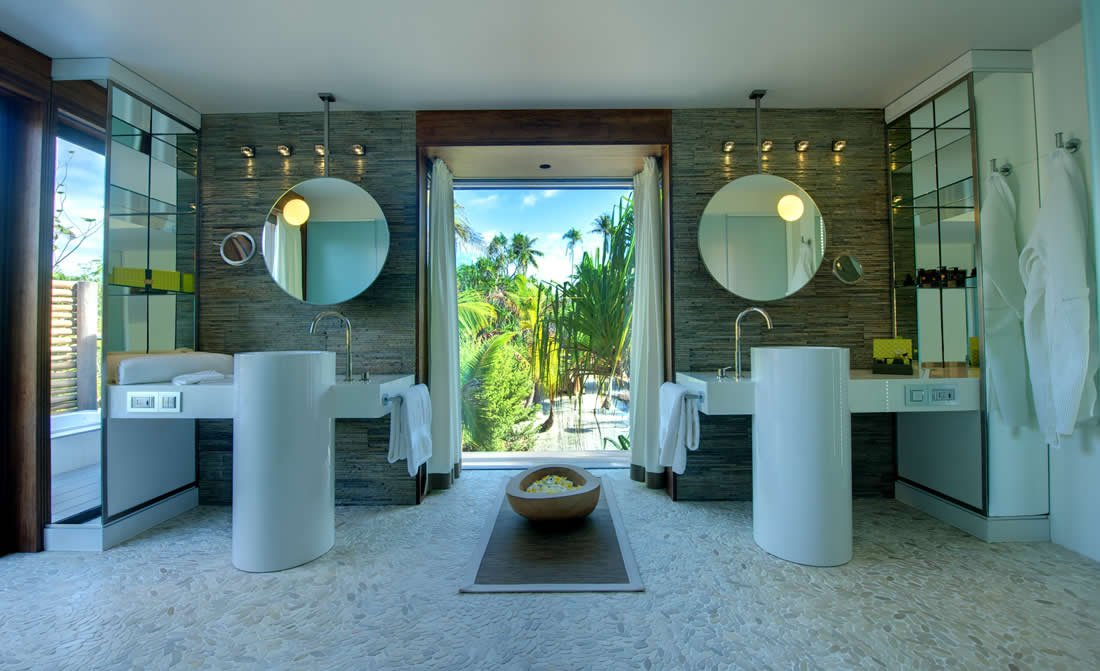 the-brando-top-best-luxury-resort-in-pacific-ocean.jpg