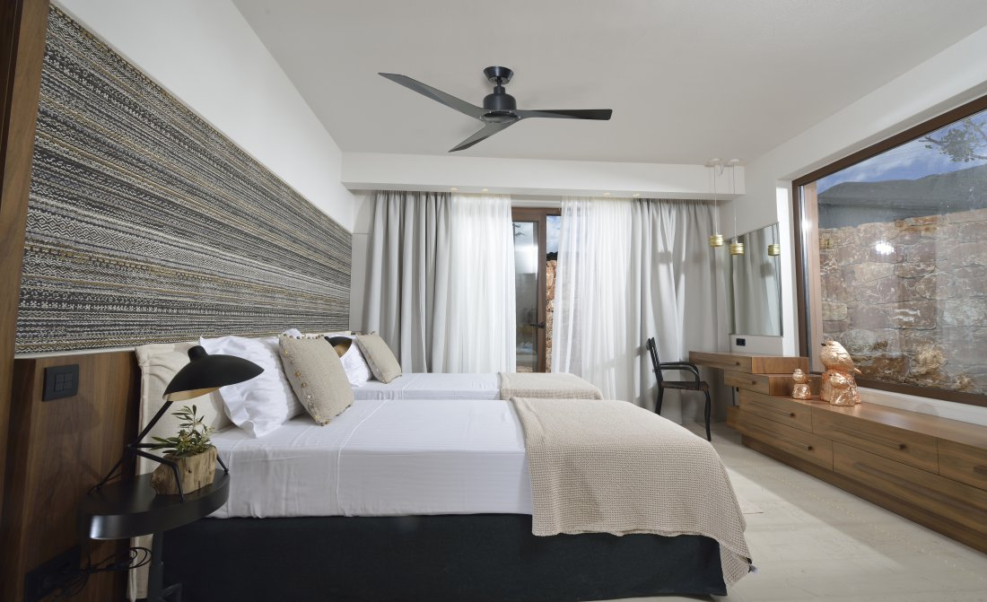 secondarybedroom-3.jpg