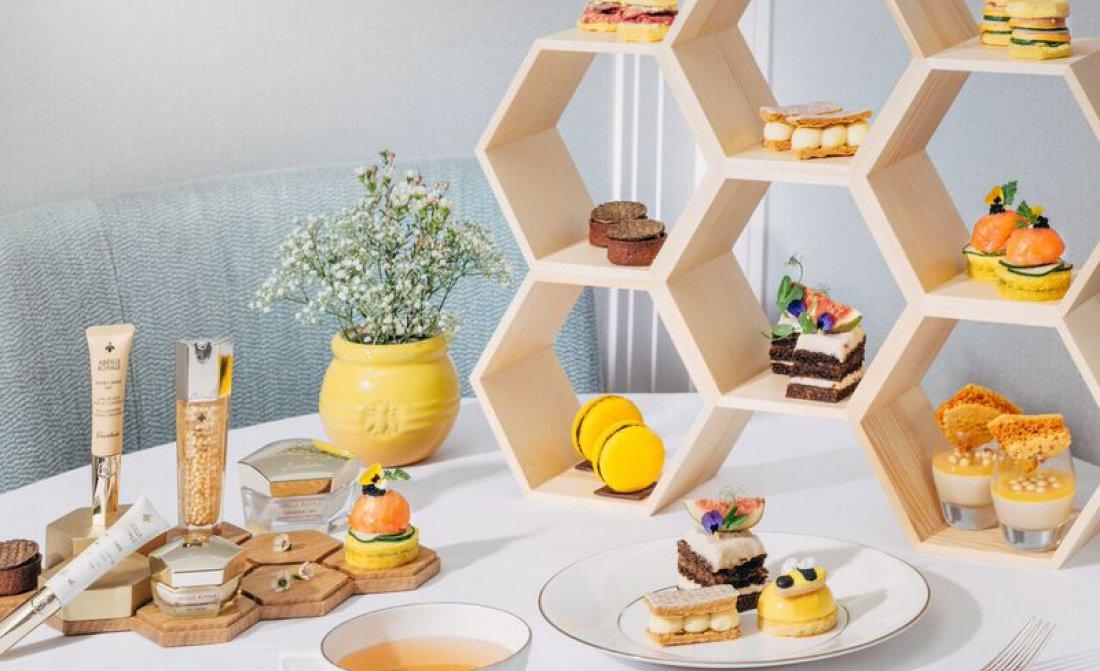 palm-court-lounge-guerlain-honey-afternoon-tea-set.jpg