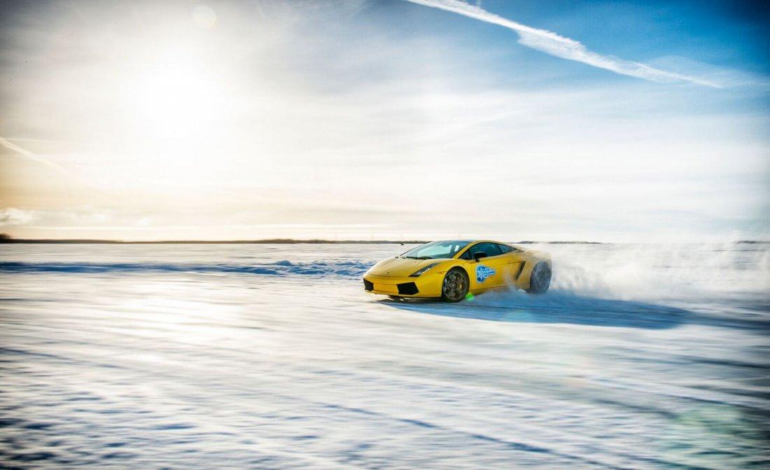 ice-driving-fcy-001.jpg