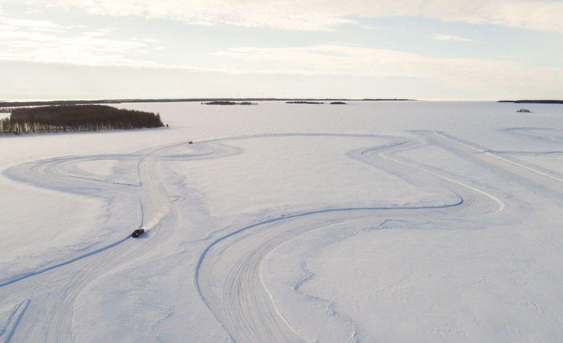 ice-driving-fcy-005.jpg