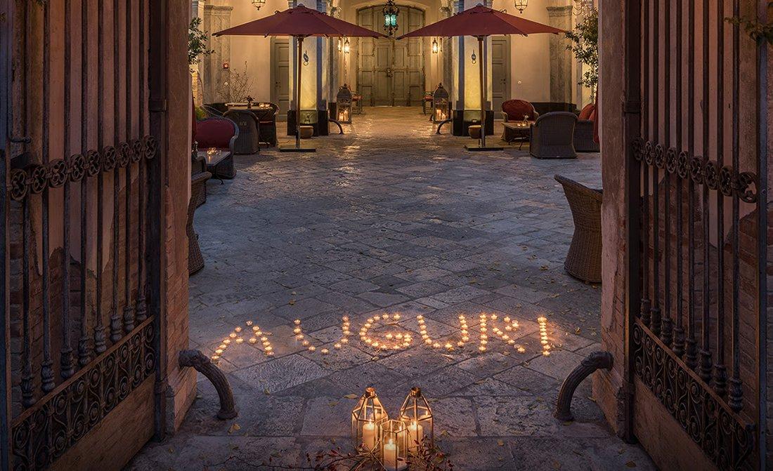 luxury-travel-blog-christmas-in-italy.jpg