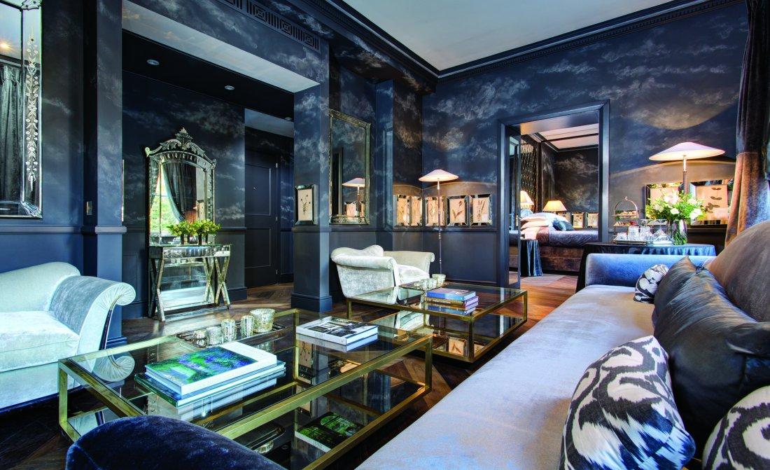 the-franklin-hotel-presidential-suite-living-room.JPG