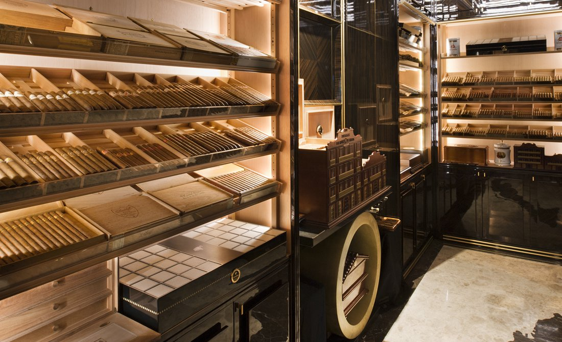 the-wellesley-cigar-lounge-humidor.jpg