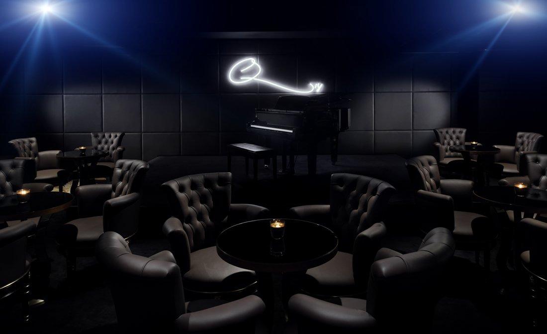 qs-bar-and-lounge-interior-at-palazzo-versace-dubai.jpg