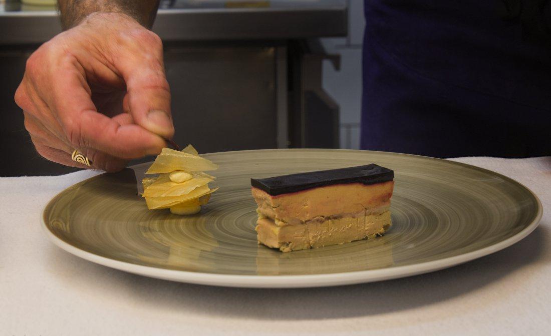 David Beauvais Chef Cuisine Pour Le Cagnard 24407898187 O