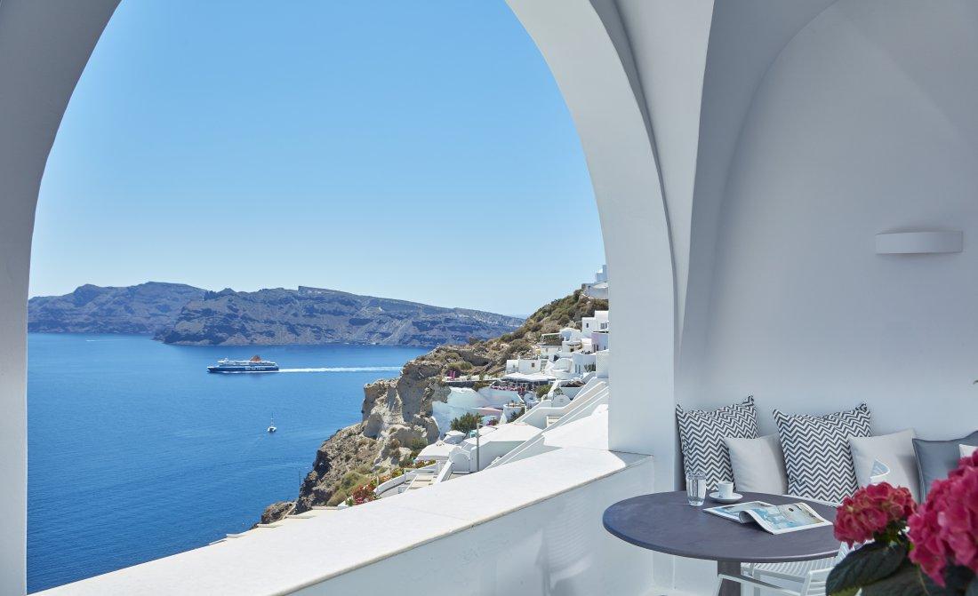 villa-katikies-accommodation-suite-1.jpg