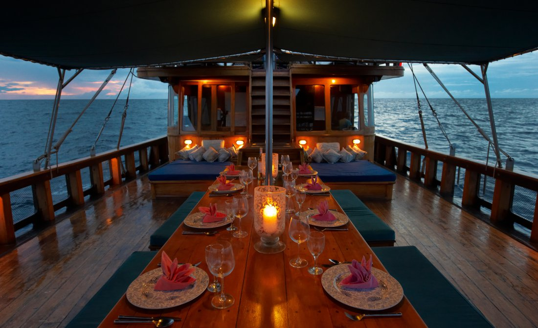 tiger-blue-indonesia-boat-1.jpeg