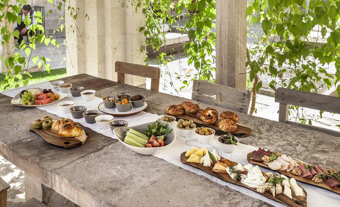 argos-in-cappadocia-luxury-turkish-food-1.jpg