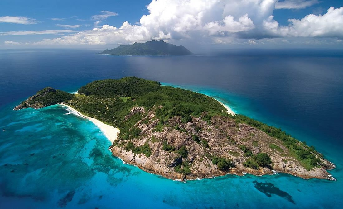 north-island-seychelles-aerial.jpg
