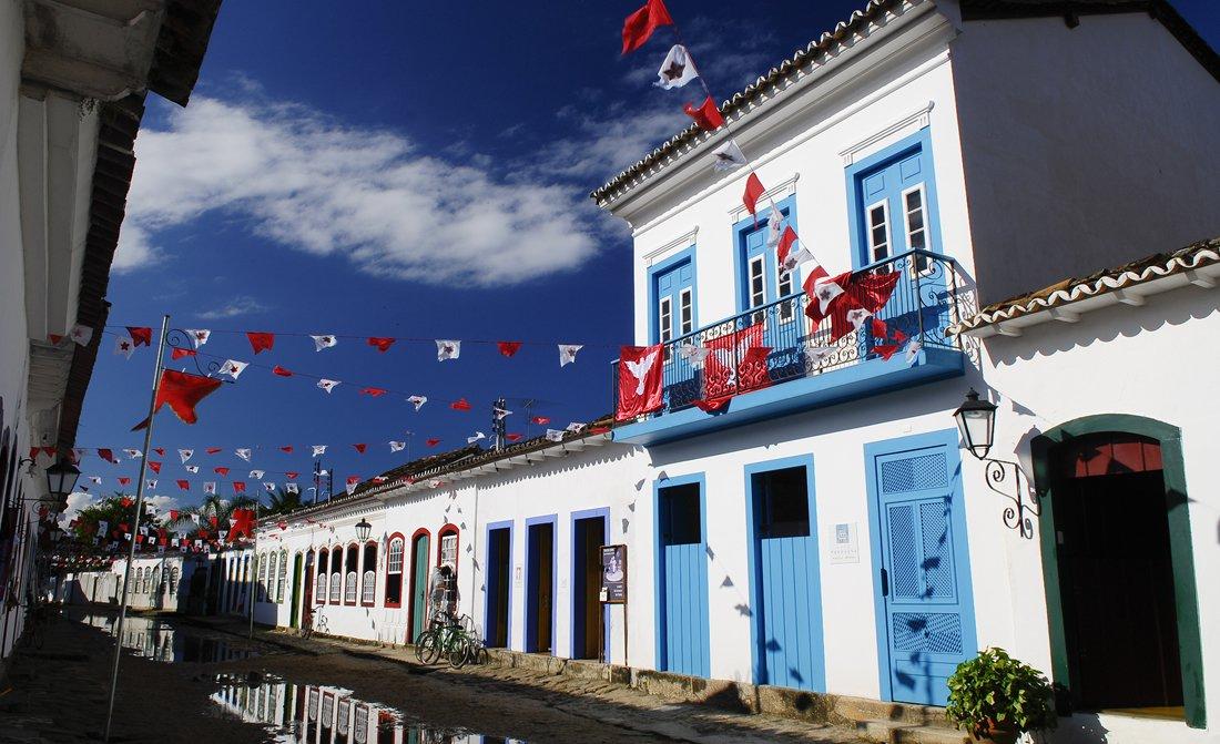 Casa Turquesa Paraty Brazil