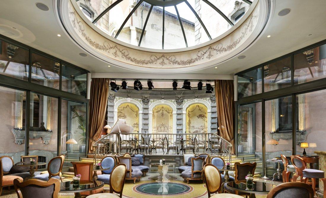 Chateau Monfort Lounge Bar