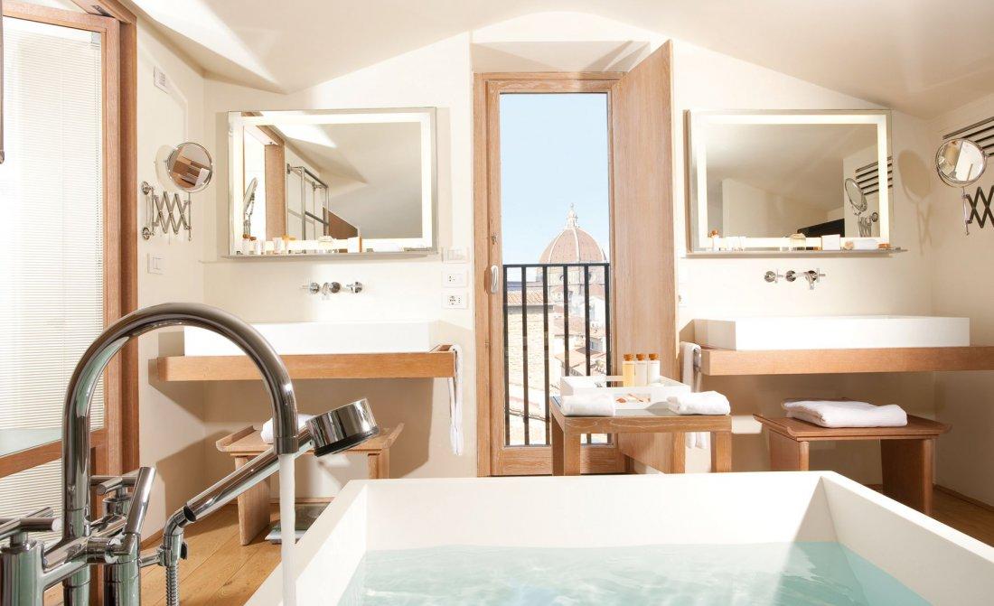 Hotel Continentale Panoramic Consorti Suite 2